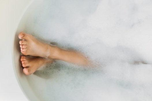 Kvinde i badebalje